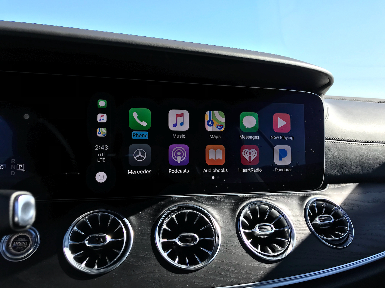 MB_Carplay_1280_960